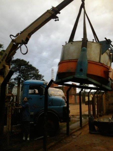 Desmontagem de máquinas industriais